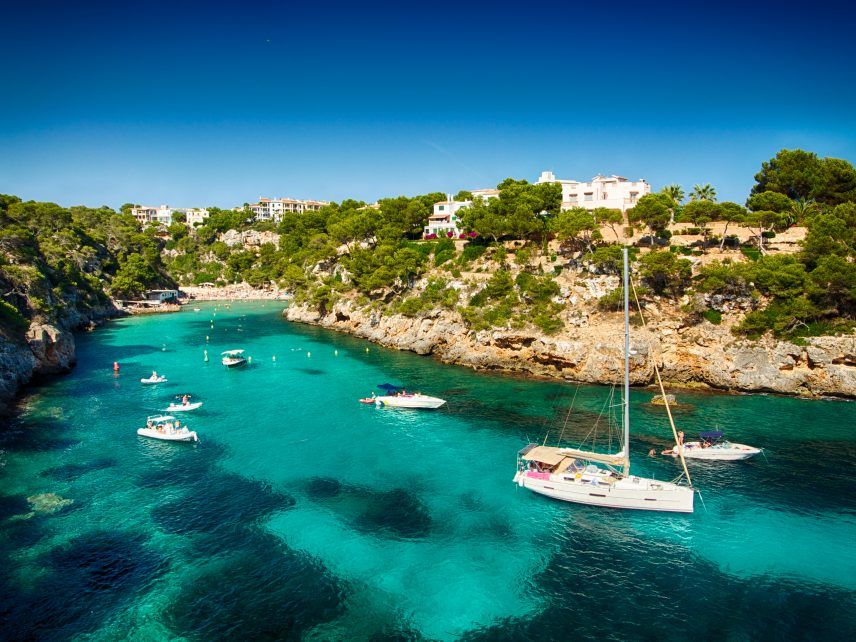 BEST HOLIDAY DESTINATIONS IN JULY