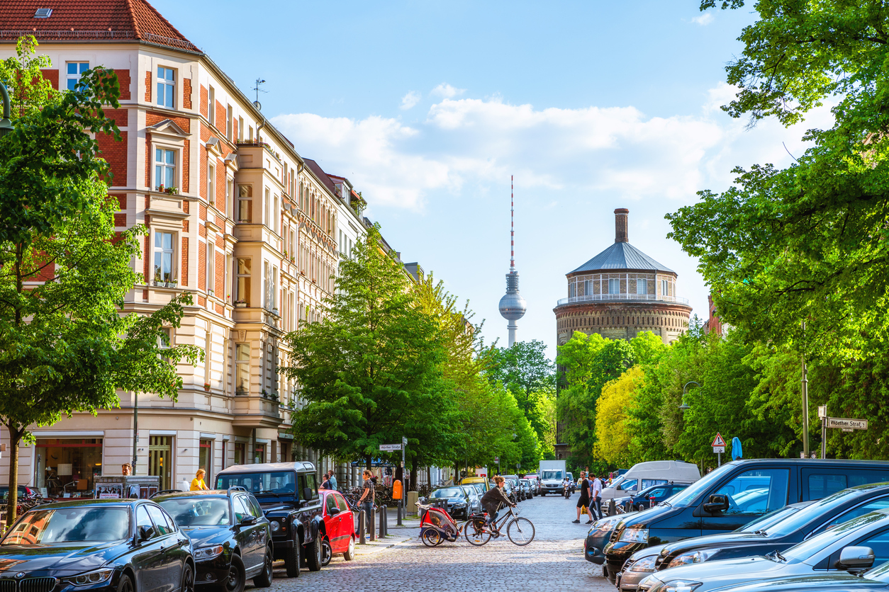 TOP PLACES TO EAT AND DRINK IN BERLIN