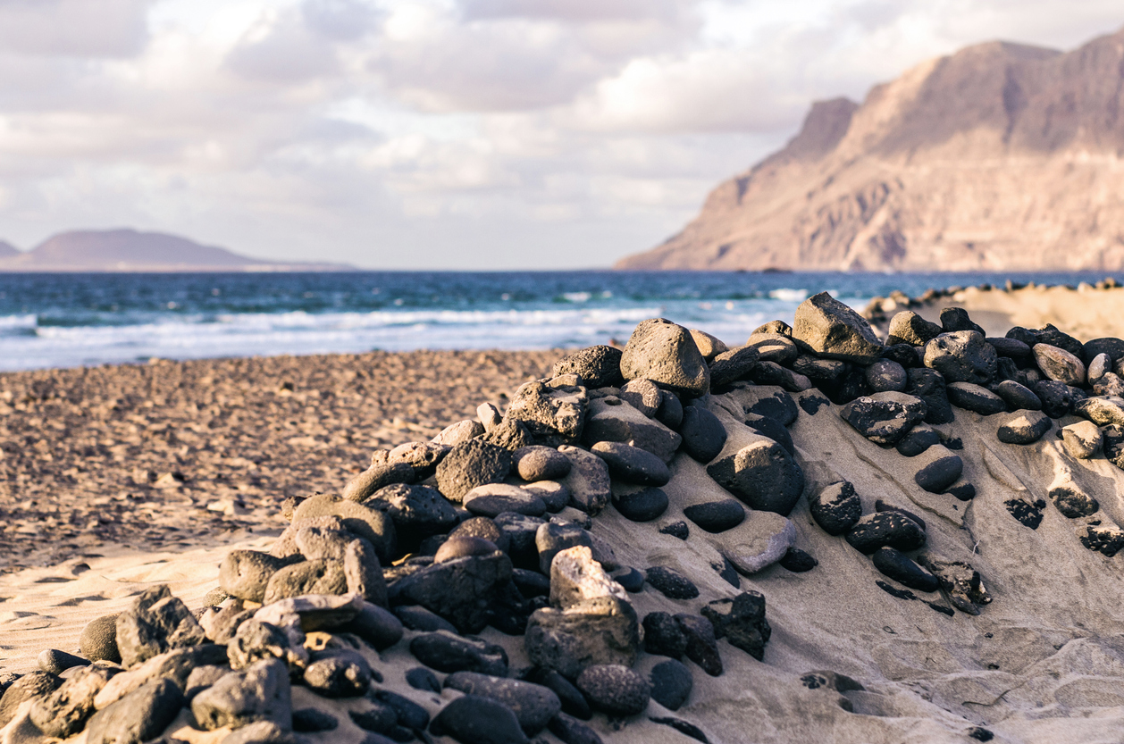 5 OF THE BEST BEACHES IN LANZAROTE