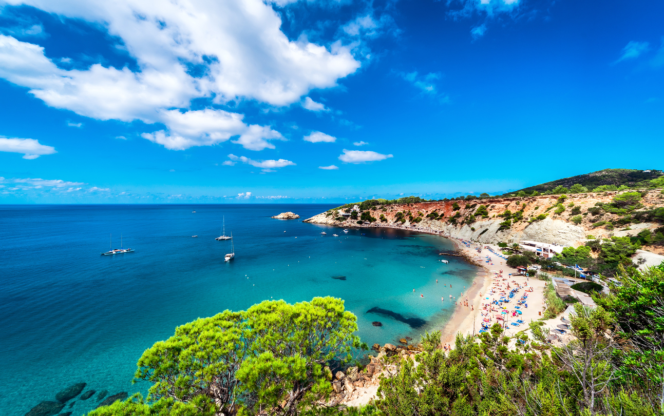 BEST HOLIDAY DESTINATIONS IN JUNE