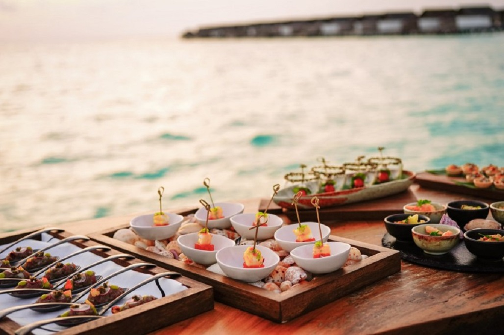 A BEGINNERS GUIDE TO THE MALDIVES