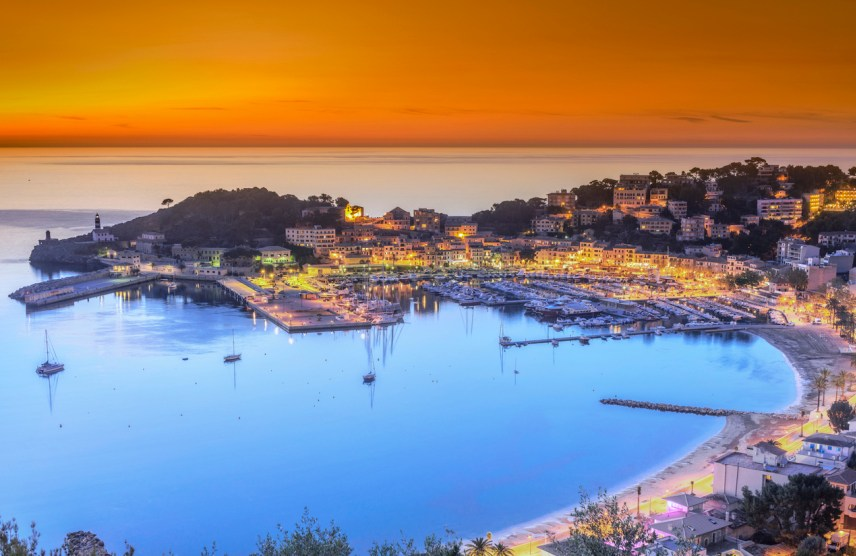 BEST HOLIDAY DESTINATIONS IN MAY